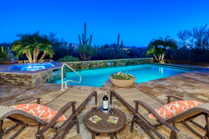 6721 E LANGUID Lane, Carefree, AZ 85377