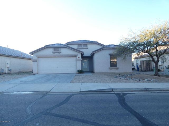 1941 E CONNEMARA Drive, San Tan Valley, AZ 85140