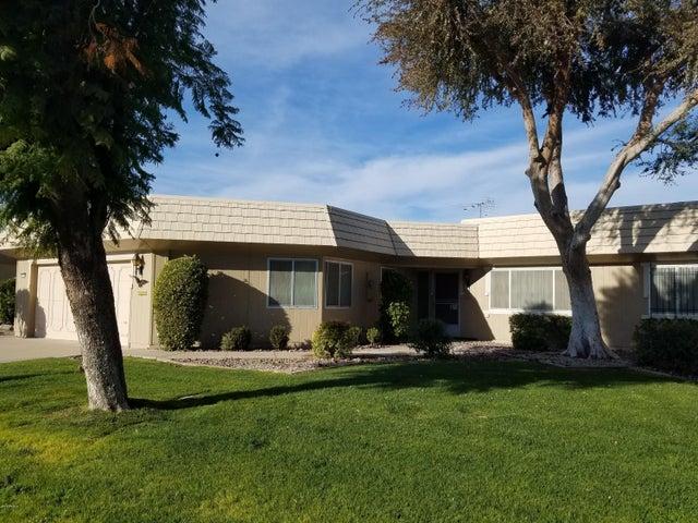 10334 W PINEAIRE Drive, Sun City, AZ 85351