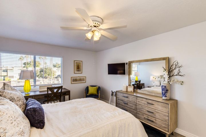 4600 N 68TH Street, 358, Scottsdale, AZ 85251