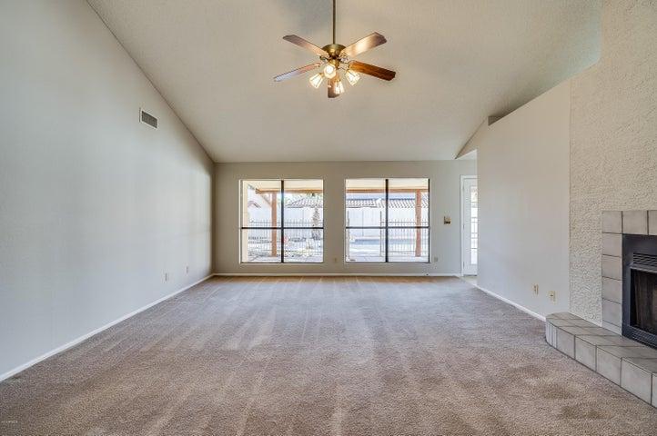 18654 N 71ST Drive, Glendale, AZ 85308