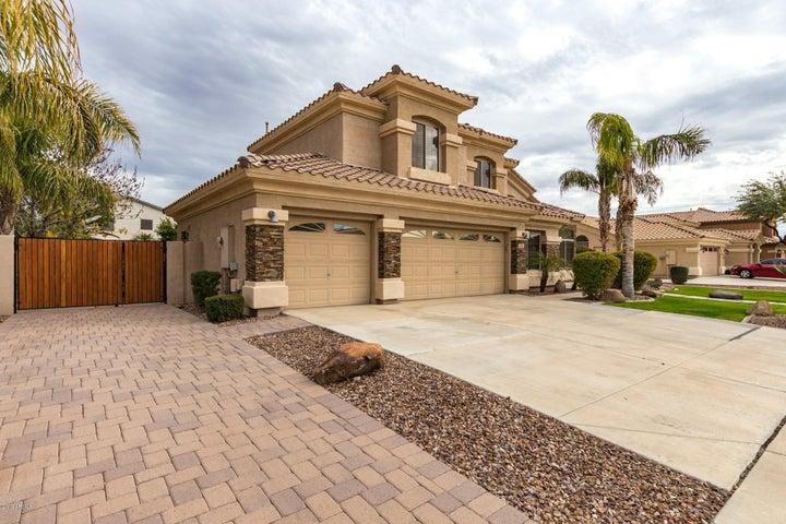 2141 S BOULDER Court, Gilbert, AZ 85295