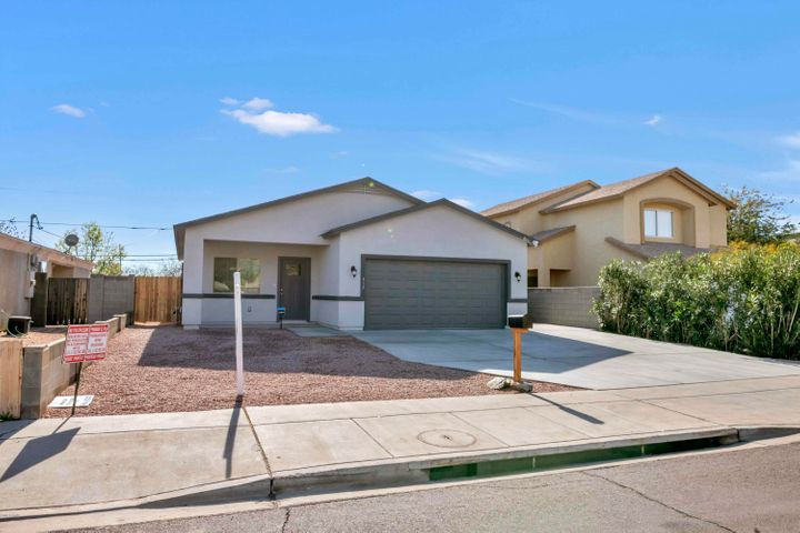 317 E MOUNTAIN VIEW Road, Phoenix, AZ 85020