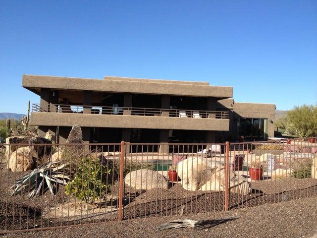 8901 E Lazywood Place, Carefree, AZ 85377