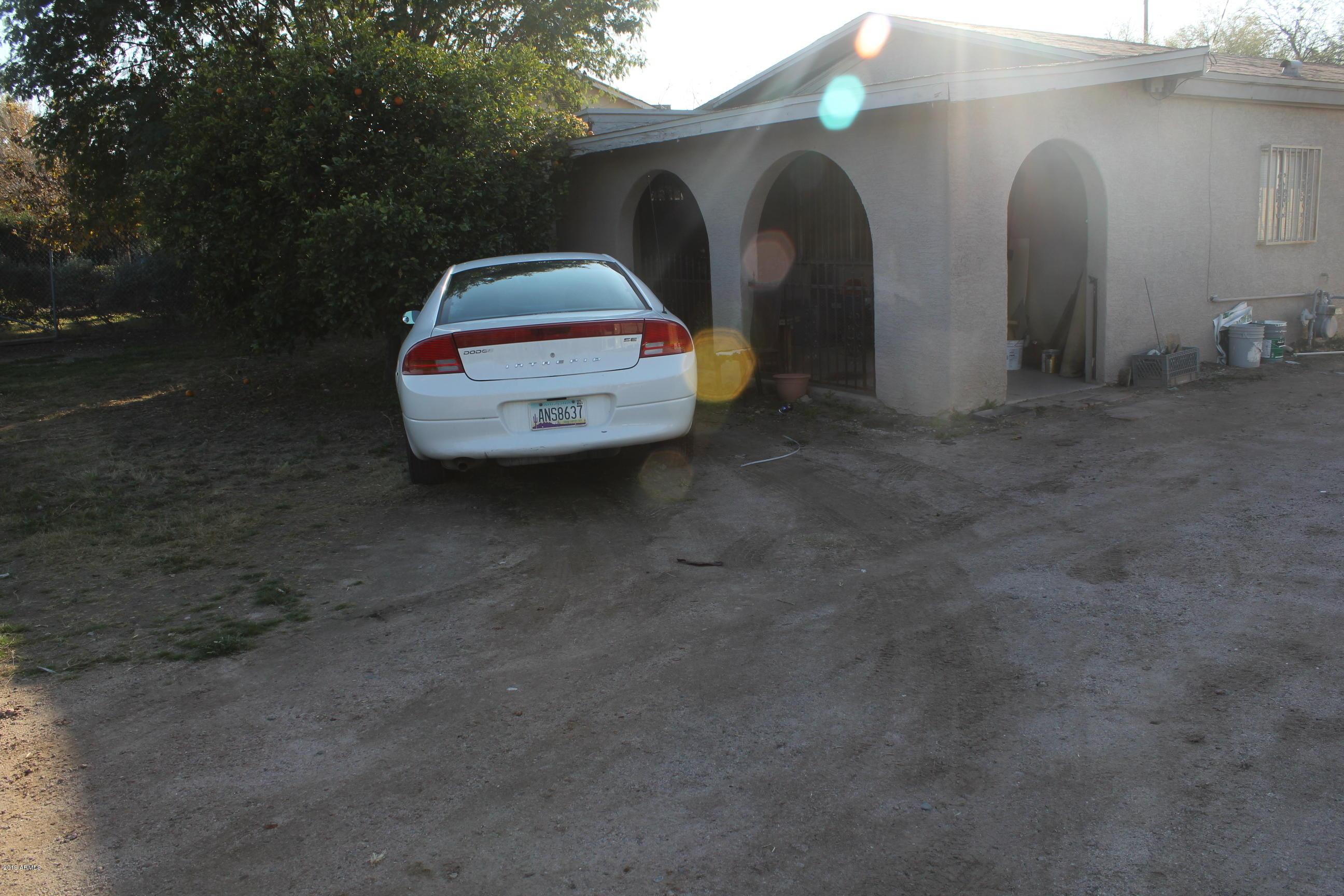 6452 S 9TH Street, Phoenix, AZ 85042