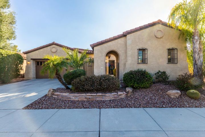Welcome home to this Serenitas Model w/ Casita and Pool in the lovely community of Trilogy at Vistancia. The Community offers 2 beautiful clubhouses with heated pools, indoor lap pool, spa, fitness center, culinary kitchen, cafe, public golf course, walking and hiking paths, and children's play areas, all in close proximity to shopping and dining