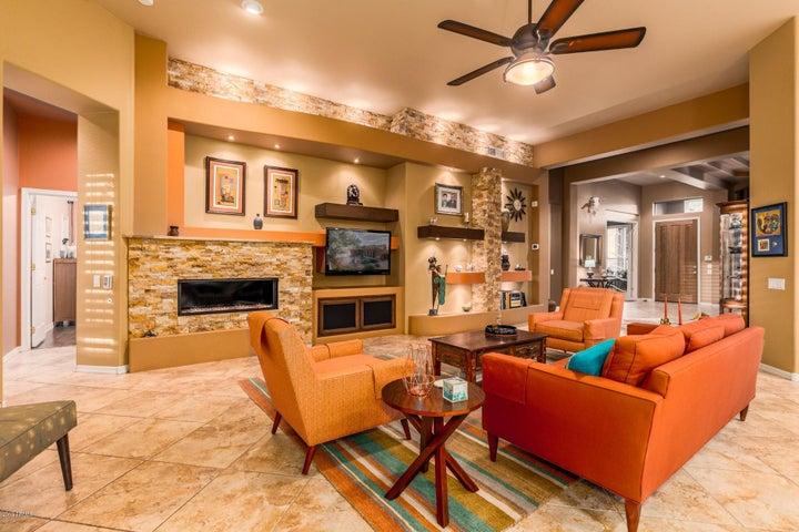 14606 S 4TH Avenue, Phoenix, AZ 85045