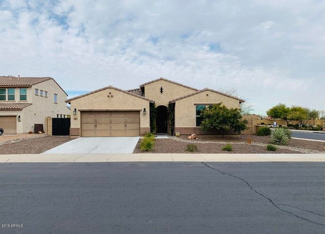 18108 W TURNEY Avenue, Goodyear, AZ 85395