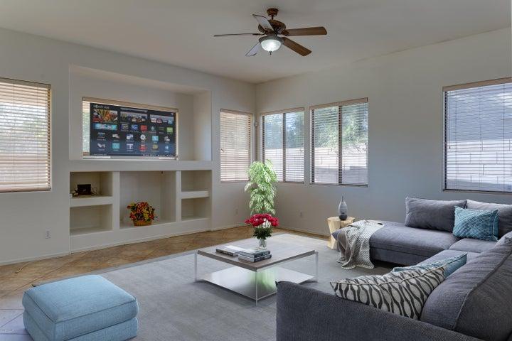 4905 E Kirkland Road, Phoenix, AZ 85054