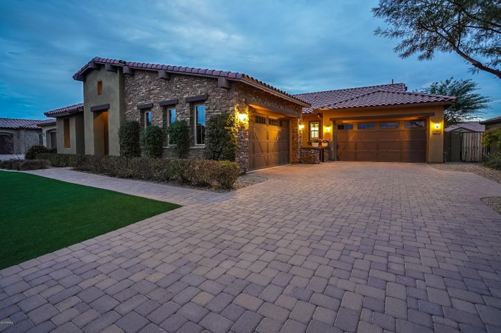 1201 E VIA NICOLA, San Tan Valley, AZ 85140