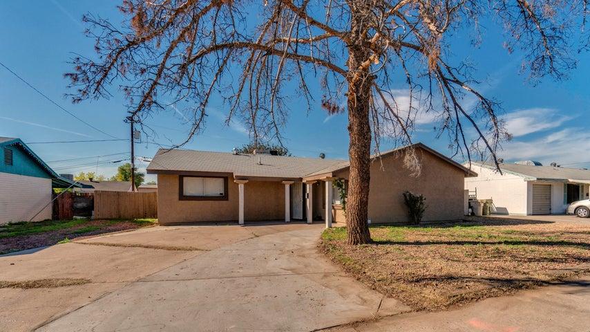 6028 N 61st Avenue, Glendale, AZ 85301