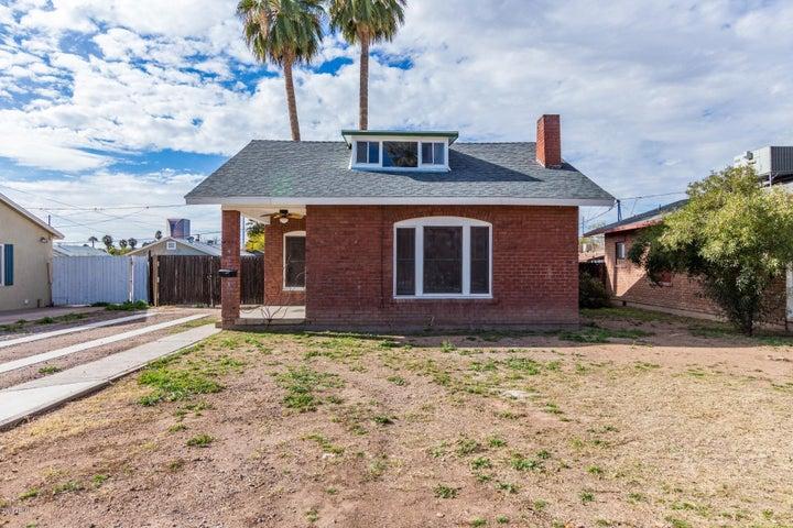 2234 N RICHLAND Street, Phoenix, AZ 85006