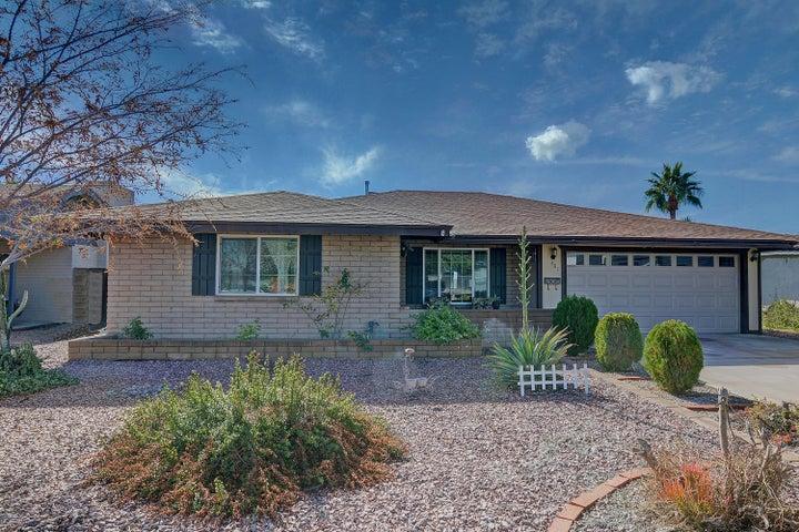 401 E CARTER Drive, Tempe, AZ 85282