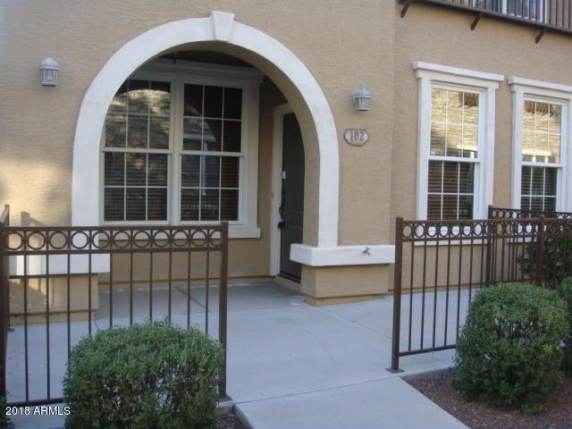 2729 S SULLEY Drive, 102, Gilbert, AZ 85295