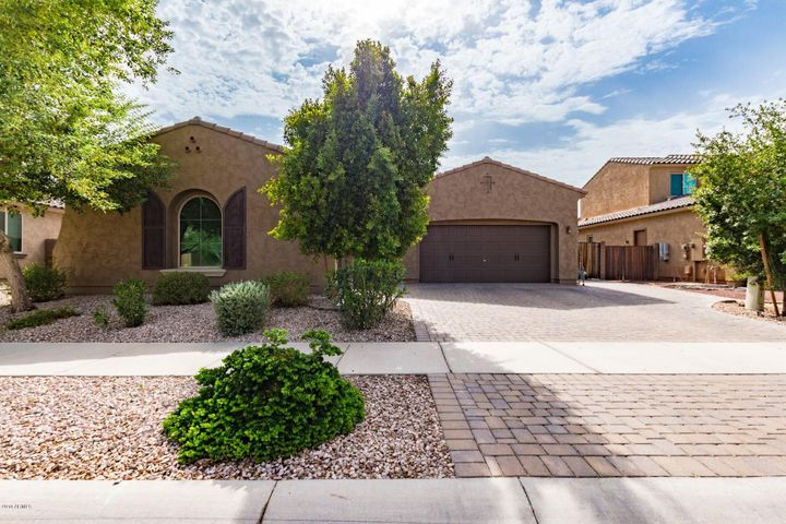 1915 N 142ND Avenue, Goodyear, AZ 85395