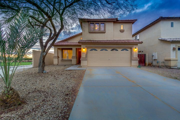 30826 N ZIRCON Drive, San Tan Valley, AZ 85143