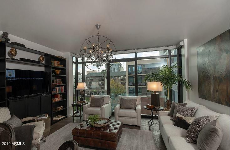 Gorgeous condo with special south-facing Portland Parklet views. End unit with large scenic window before entry. Exceptionally private and quiet with no units adjacent or under and only one above. Two parking spots only steps away - super convenient.