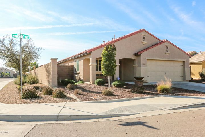18607 W SUPERIOR Avenue, Goodyear, AZ 85338