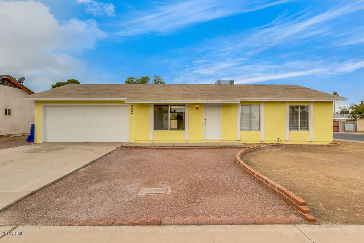 942 S 34TH Street, Mesa, AZ 85204