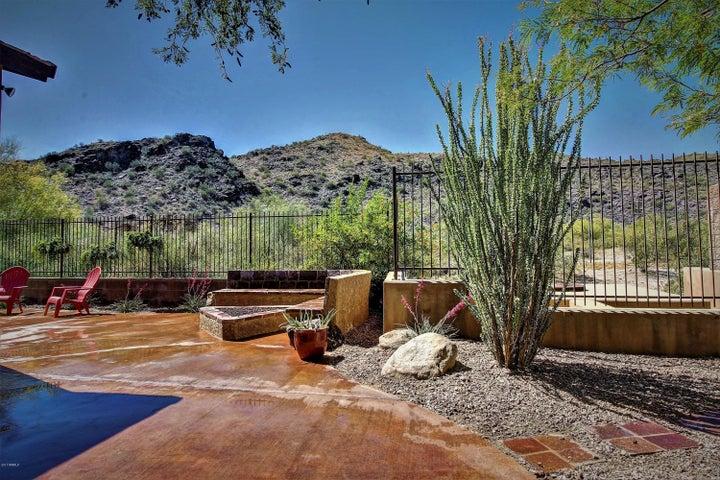 2023 E GWEN Street, Phoenix, AZ 85042