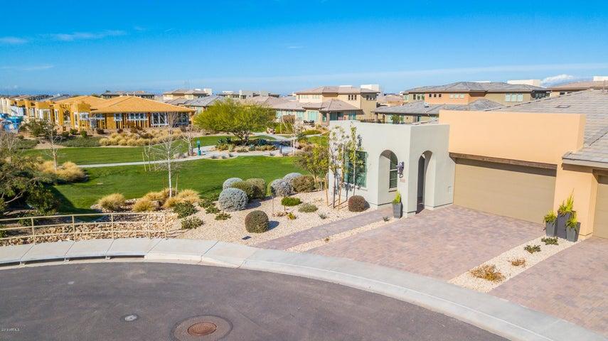 832 E CEREUS Pass, San Tan Valley, AZ 85140