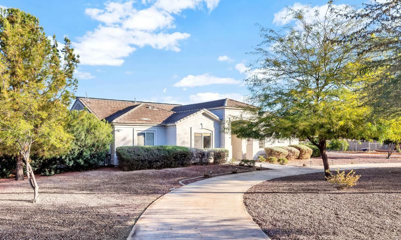 19218 E APPLEBY Road, Queen Creek, AZ 85142