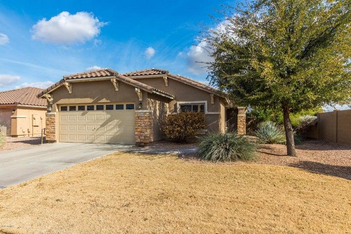 38559 N DOLORES Drive, San Tan Valley, AZ 85140