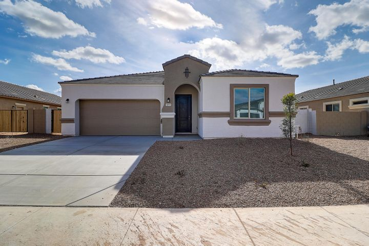 Desert Front Yard Landscaping Included!