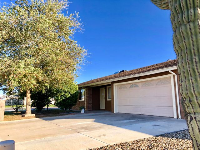 3125 W MICHELLE Drive, Phoenix, AZ 85053