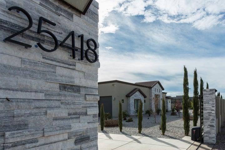 25418 N 16TH Avenue, Phoenix, AZ 85085