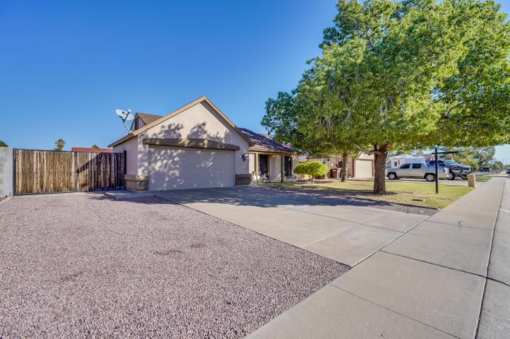 6914 W IRONWOOD Drive, Peoria, AZ 85345