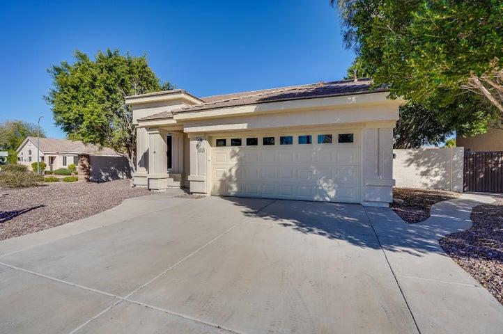 6878 W Blackhawk Drive, Glendale, AZ 85308
