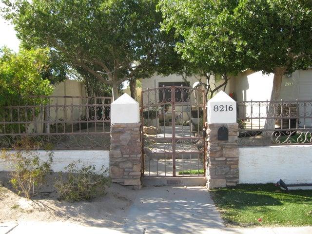 8216 S 9th Street, Phoenix, AZ 85042