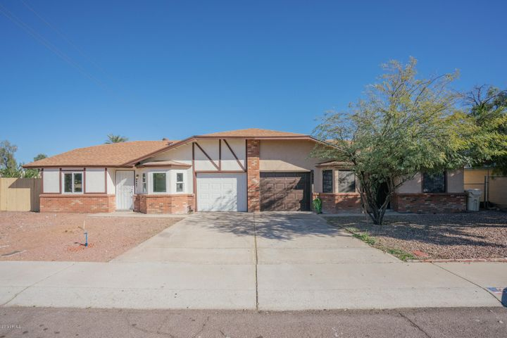 6847 N 81ST Lane, Glendale, AZ 85303
