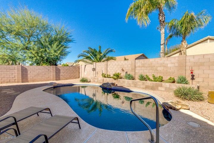 2880 E LA COSTA Drive, Chandler, AZ 85249