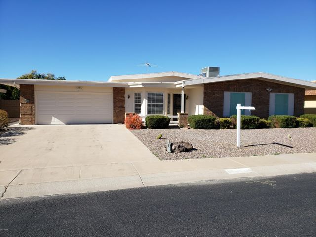 10806 W SEQUOIA Drive, Sun City, AZ 85373