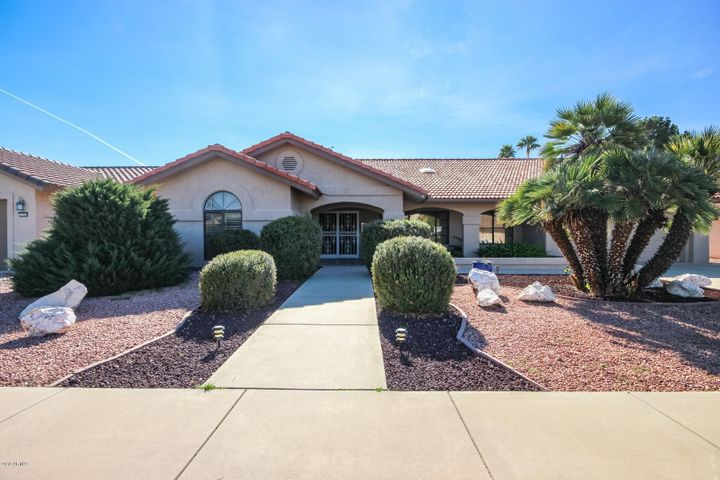 13707 W GABLE HILL Drive, Sun City West, AZ 85375