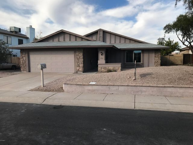 4510 W BUFFALO Street, Chandler, AZ 85226