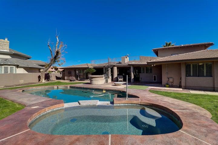15040 N CORAL GABLES Drive, Phoenix, AZ 85023