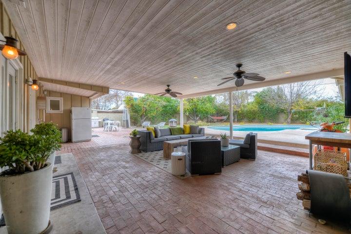 1210 W PALO VERDE Drive, Phoenix, AZ 85013