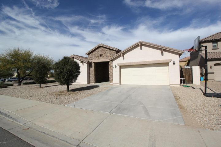 21404 E ROUNDUP Way, Queen Creek, AZ 85142