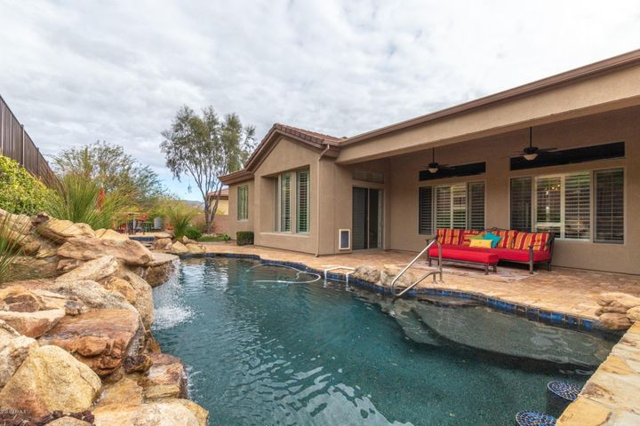 42114 N MOUNTAIN COVE Drive, Anthem, AZ 85086