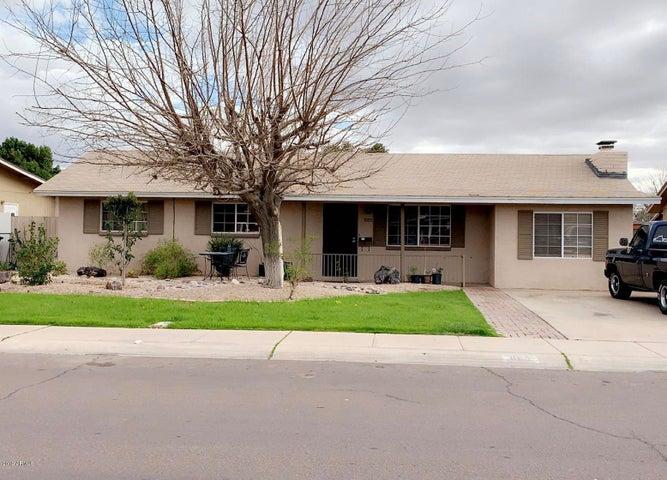 885 E OAKLAND Street, Chandler, AZ 85225