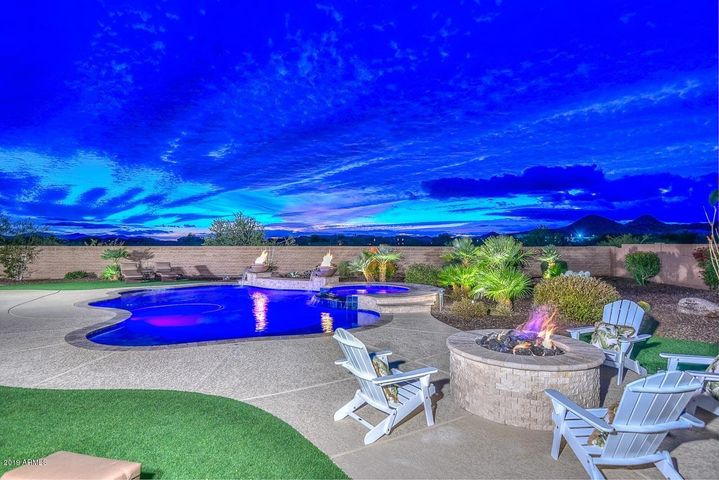 Arizona is all about outdoor living!