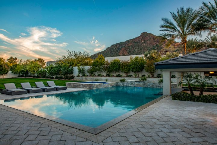 6133 N 52ND Place, Paradise Valley, AZ 85253