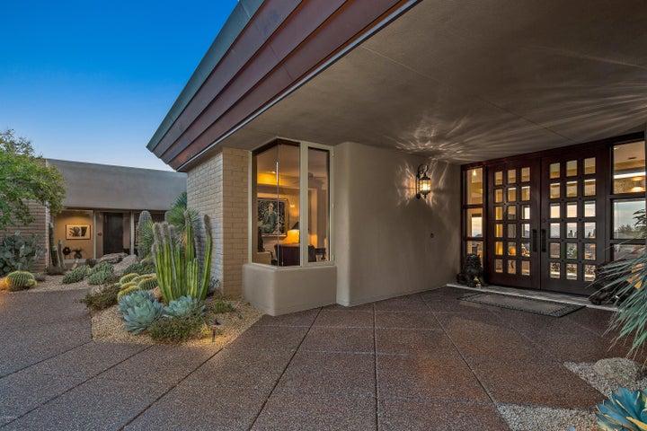 10796 E GRAYTHORN Drive, Scottsdale, AZ 85262