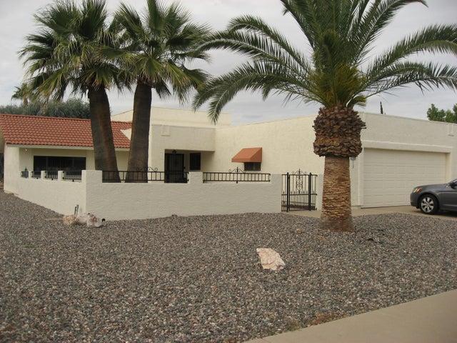 21006 N TOTEM Drive, Sun City West, AZ 85375