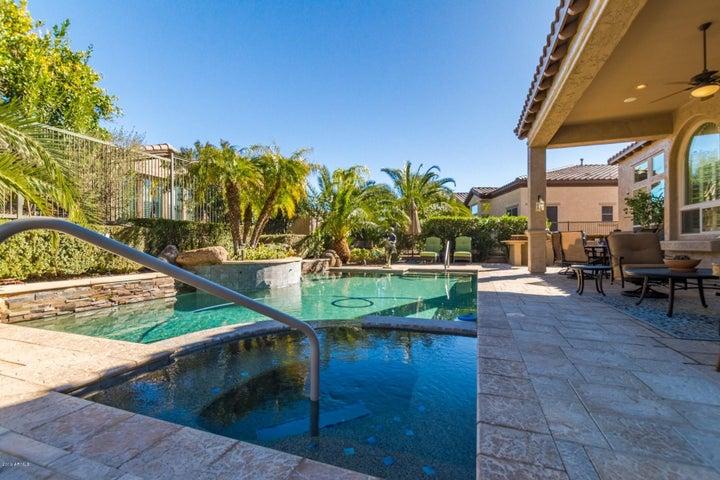 Heated spa and pool