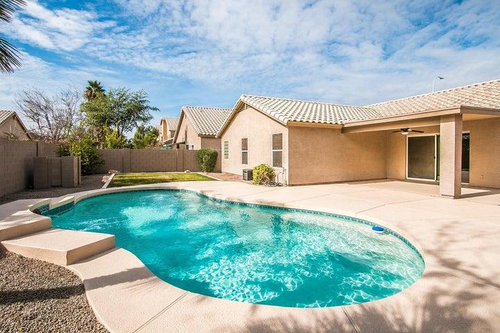 4055 W SHANNON Street, Chandler, AZ 85226