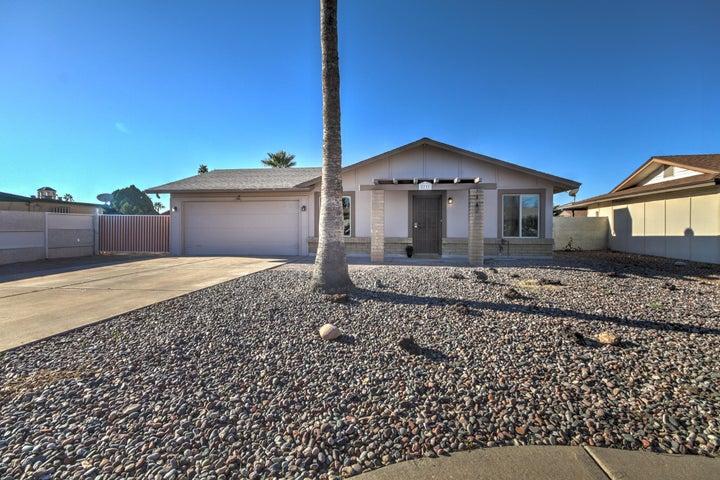 2737 W JUNQUILLO Circle, Mesa, AZ 85202